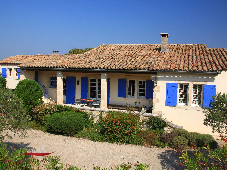 Achat vente villa 5 chambres 4 salles de bain piscine saint remy de provence - Chambre des experts immobiliers ...