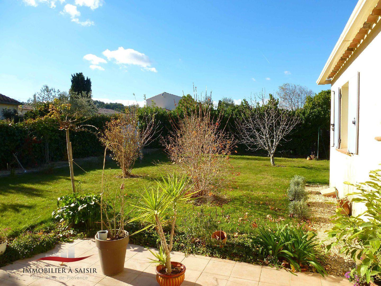 Achat vente villa de plain pied 130 m piscine proche for Camping saint remy de provence avec piscine