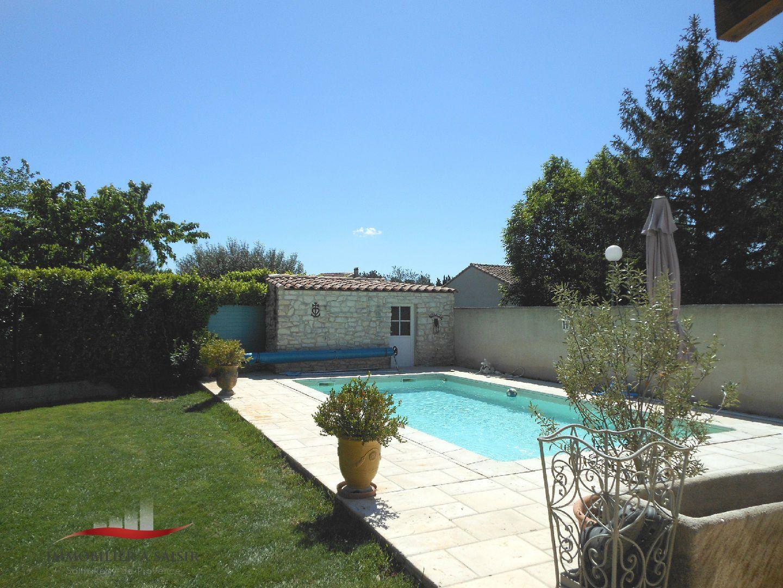 Achat vente villa piscine proche st r my de provence for Camping saint remy de provence avec piscine